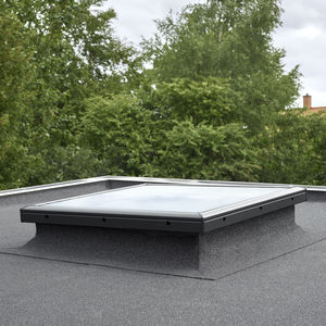 finestra da tetto fissa / in PVC / a doppi vetri / a isolamento termico