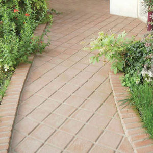 pavimentazione in terracotta