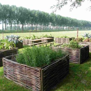 fioriera per orto in legno