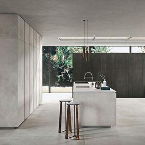 cucina moderna / in legno / in marmo / in quarzo
