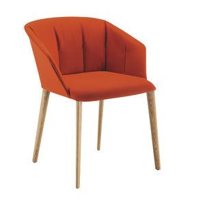 sedia moderna / con braccioli / con rivestimento rimovibile / in tessuto
