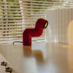 lampada da tavolo / design originale / in ABS / regolabile