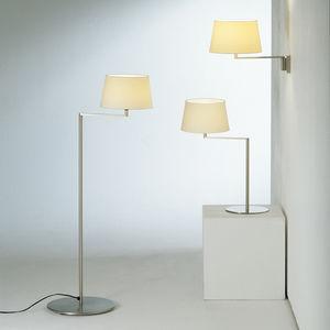 lampada da terra / moderna / in metallo / in lino