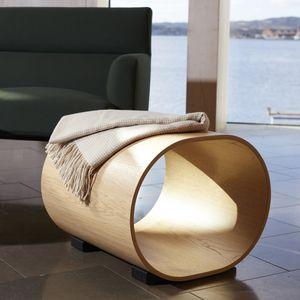 sgabello design originale / in quercia / in legno massiccio / di Naoto Fukasawa