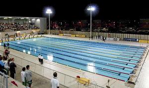 piscina da competizione da esterno