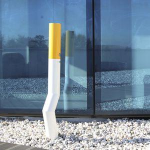 portacenere da terra / in acciaio inox / per esterni / per spazio pubblico