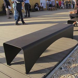 panca per spazi pubblici moderna