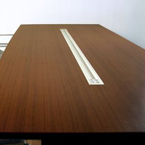 canalina di cablaggio in alluminio / a muro / per scrivania / professionale
