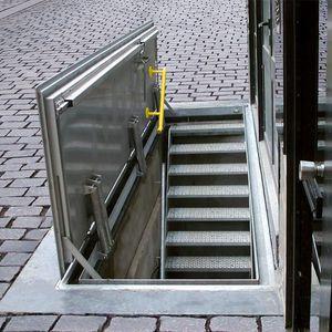 botola per pavimento / quadrata / rettangolare / in metallo