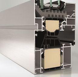 finestra a battente / in alluminio / a tripli vetri / a taglio termico