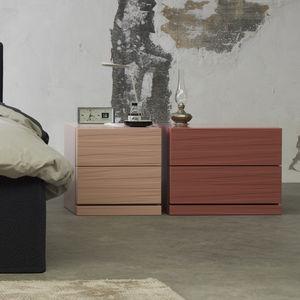 comodino moderno / in legno laccato / rettangolare / quadrato