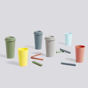 tazzina di caffè in plastica