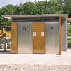 chiosco WC / in legno