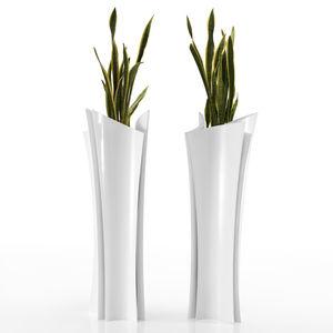 vaso moderno / in resina