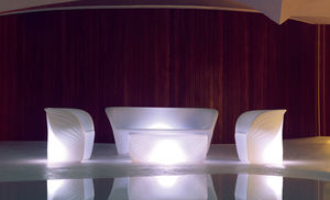 tavolino basso design organico