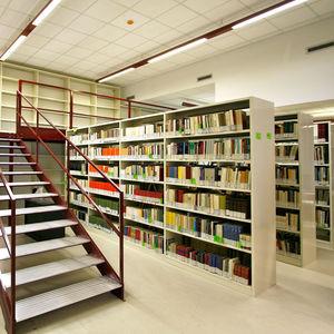 scaffalatura mobile per biblioteca