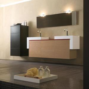 mobile lavabo sospeso / in vetro / in laminato / alluminio