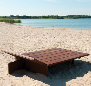 lettino prendisole moderno / in legno / per spazio pubblico