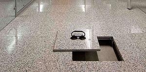 pavimento sopraelevato in marmo / da interno