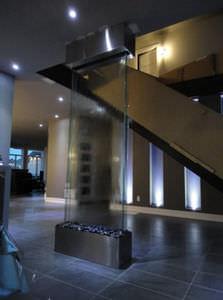 muro d'acqua autoportante / in vetro