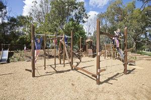 struttura d'arrampicata per parco giochi