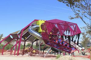 struttura ludica per parco giochi / per edifici pubblici / in metallo / modulare