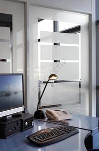 pellicola decorativa per applicazione su vetro