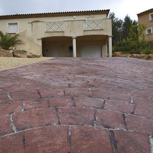 pavimento in calcestruzzo / ad alta resistenza / da esterno / decorativo