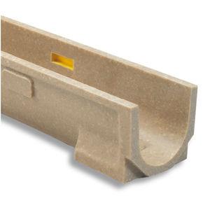 canaletta in acciaio galvanizzato / in calcestruzzo a polimeri / in ghisa / a fessura