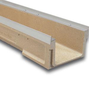 canaletta in acciaio inox / in ghisa / galvanizzata / in calcestruzzo a polimeri