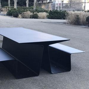 tavolo da picnic moderno / in alluminio / rettangolare / per spazio pubblico
