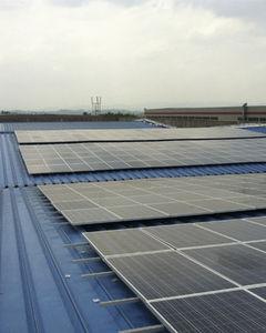 sistema di montaggio per tetti in lamiera ondulata