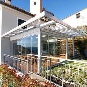 veranda in acciaio galvanizzato