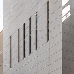 rivestimento di facciata per facciata ventilata / in pannelli / in ceramica / levigato