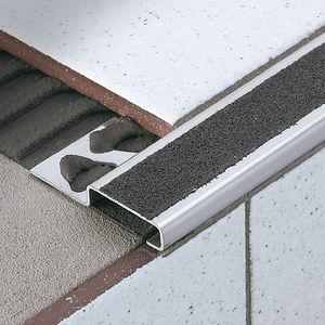 profilo per gradini in acciaio inox