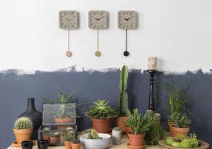 orologi moderni / a pendoli / a muro / in calcestruzzo