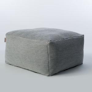 pouf moderno / in tessuto acrilico / in tessuto sintetico / quadrato