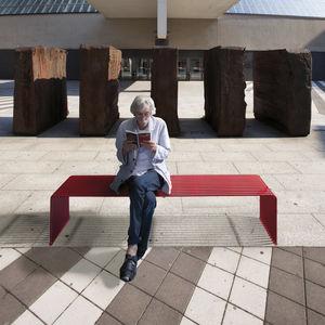 panca per spazi pubblici design industriale