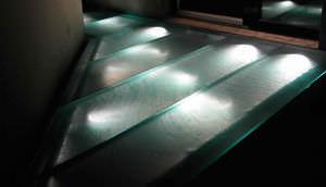 pannello in vetro decorato / per passerella / antiscivolo / traslucido