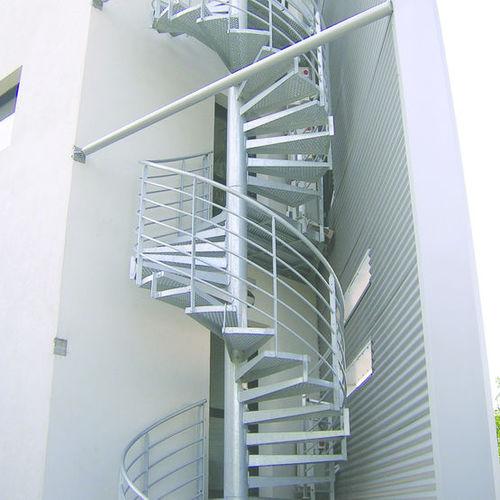 scala a chiocciola / con struttura in acciaio / con gradini in metallo / senza alzata