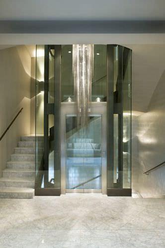 ascensore elettrico / per il settore terziario / ad uso residenziale / panoramico