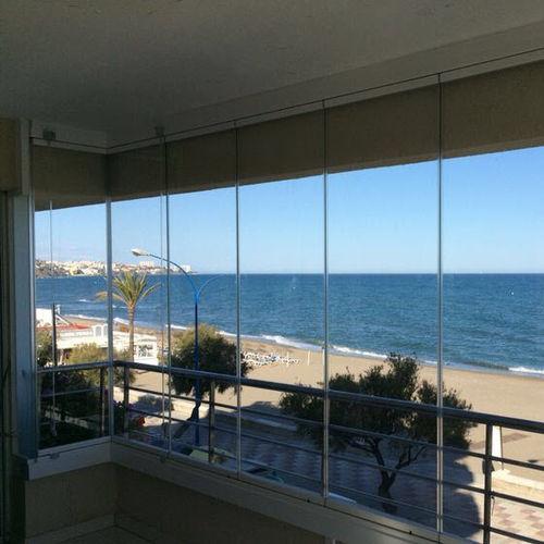 finestra scorrevole impilabile / in alluminio / su misura