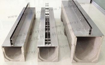 canaletta polimerica / in calcestruzzo / a fessura centrale / con griglie