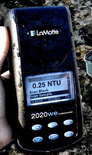 turbidimetro per acque reflue / portatile