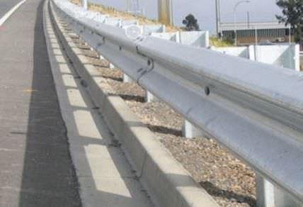 guard-rail in acciaio galvanizzato