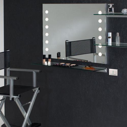 specchio a muro / luminoso / con ripiano / moderno