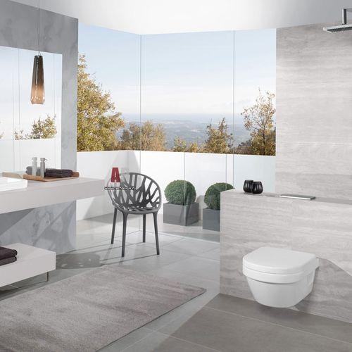 WC sospeso / in ceramica / senza brida