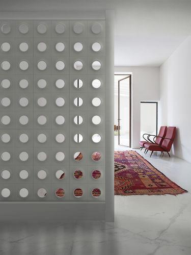 separatore di spazi in gesso / contract / modulare / da esterno