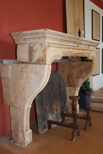 rivestimento per camini in stile Luigi XIV