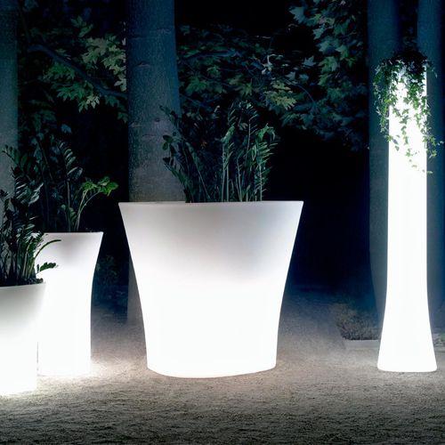 vaso da giardino in polietilene / tondo / verticale / in altezza